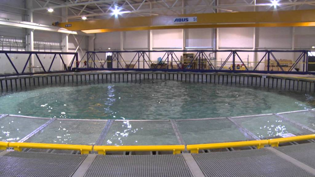 A Circular Wave Tank Generating Water Spouts and Other Impressive Aquatic Phenomena