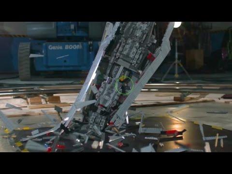 A 'Star Wars' LEGO Super Star Destroyer Disintegrating in Slow Motion