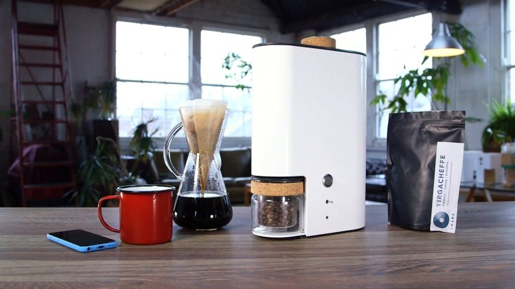 Ikawa Home Roaster, A Digital Microroaster for Roasting Coffee at Home
