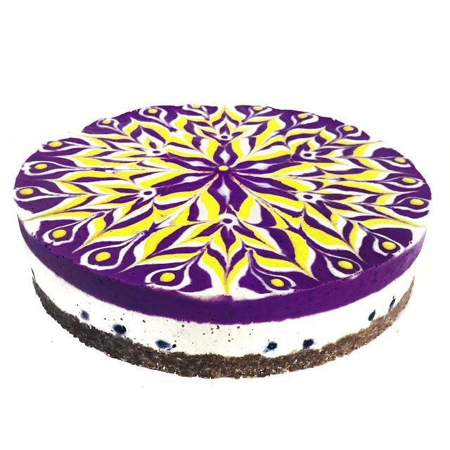 Raw vegan mandala cheesecake