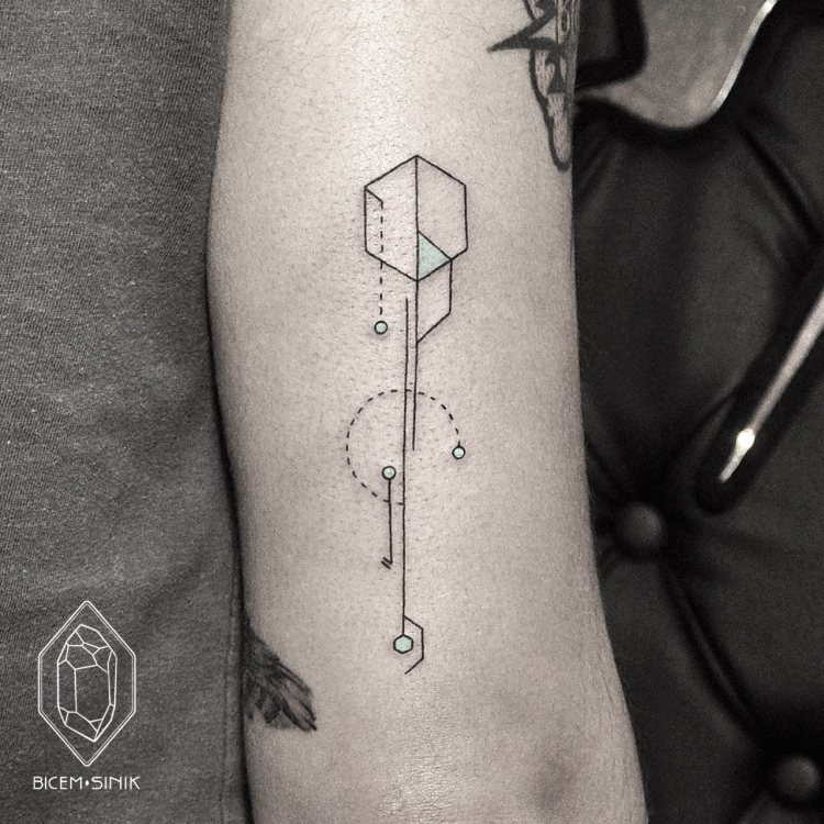 geometric tattoo by Bicem Sinik