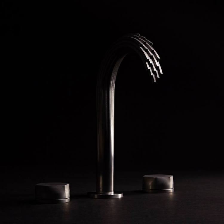 Luxury 3d-Printed waterfall faucet