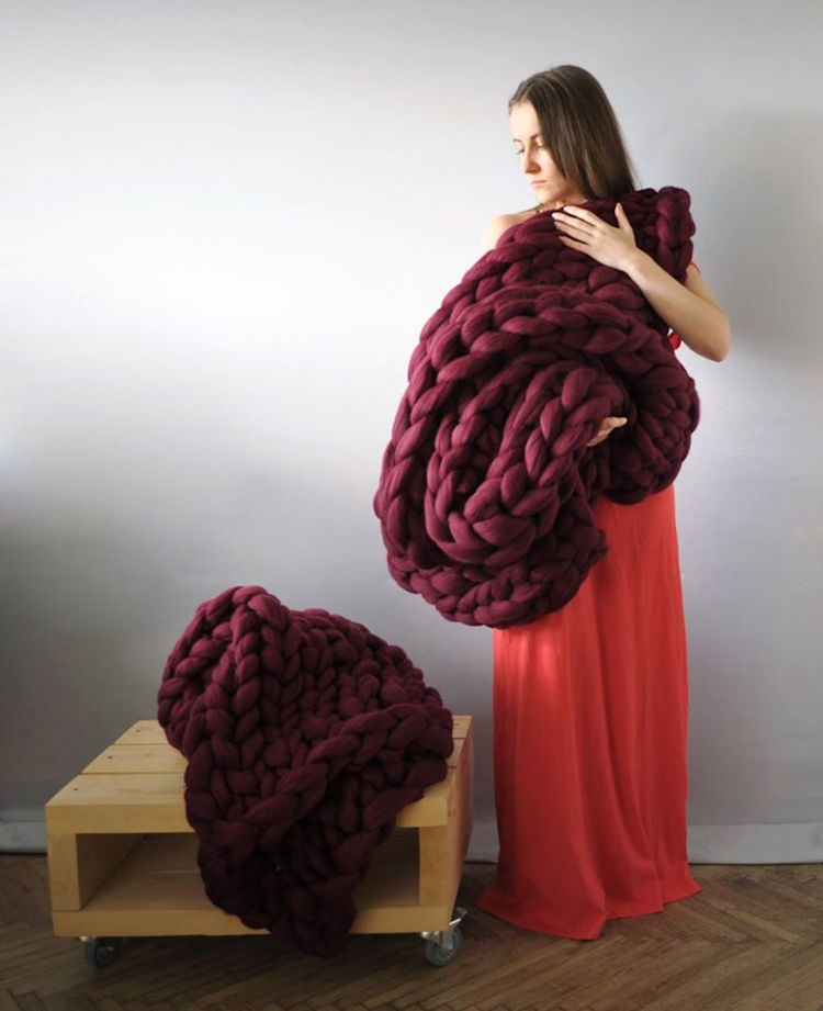 Chunky Knit Blanket - Wine