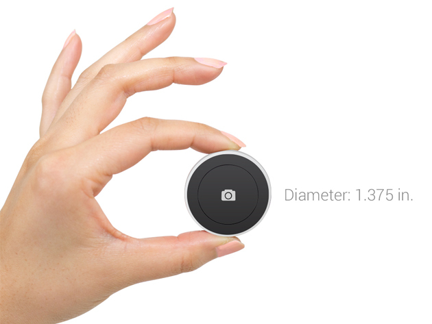 the satechi bluetooth shutter button a small device for remotely triggering a smartphone camera. Black Bedroom Furniture Sets. Home Design Ideas