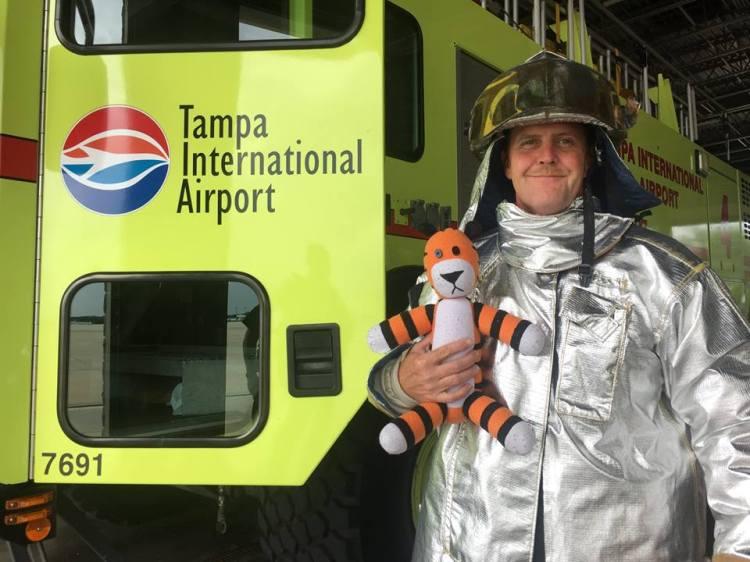 hobbes airport adventure 2