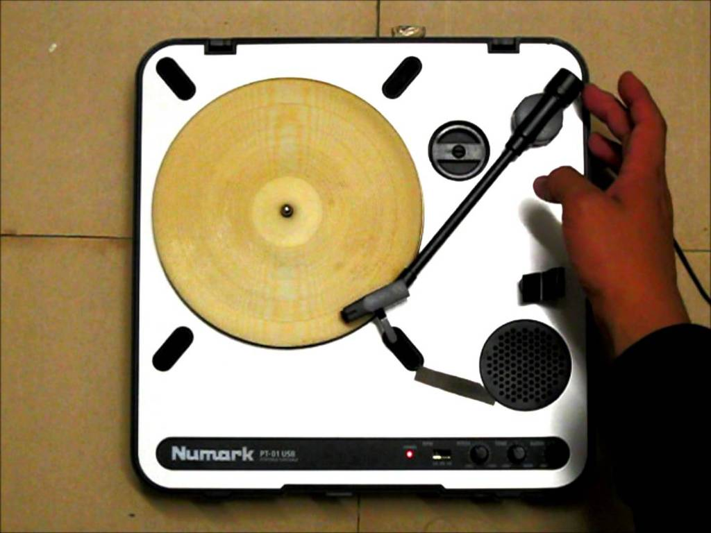 A Laser-Etched Tortilla Record That Plays 'The Mexican Hat Dance'