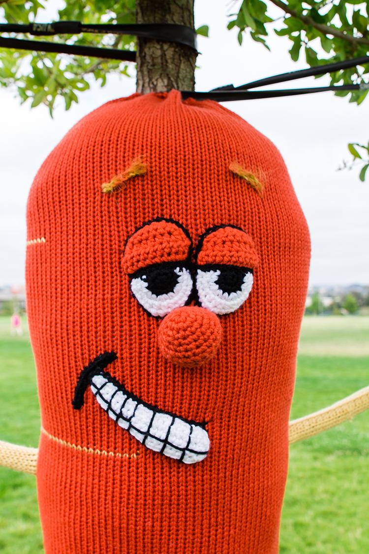 Rooty the Stilt-Walking Carrot Yarnbomb