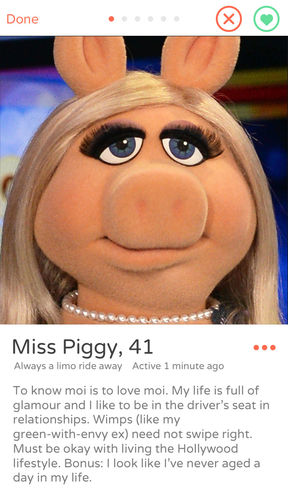 miss piggy tinder