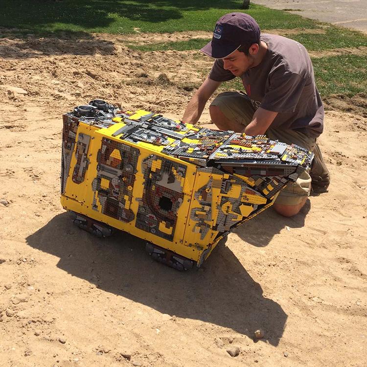 LEGO Tatooine Sandcrawler