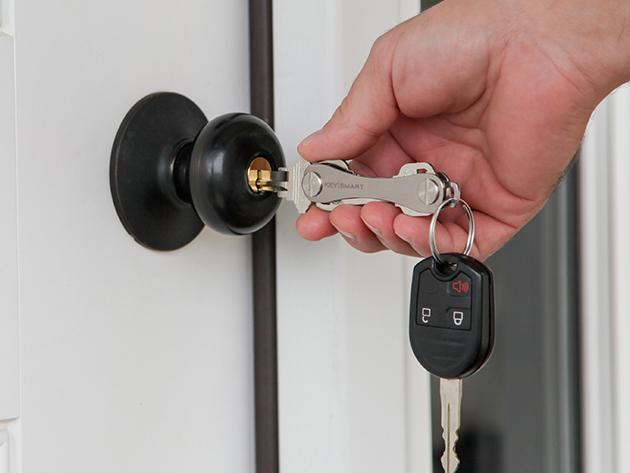 KeySmart 2.0 Into Door