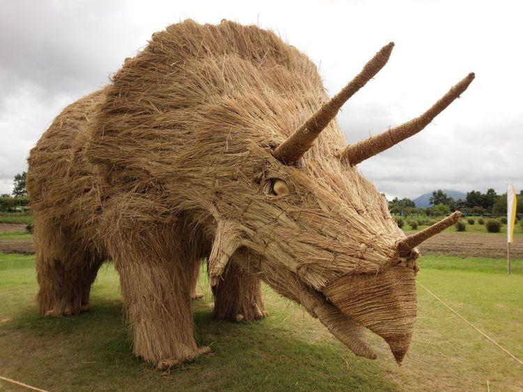Straw Art Rhino