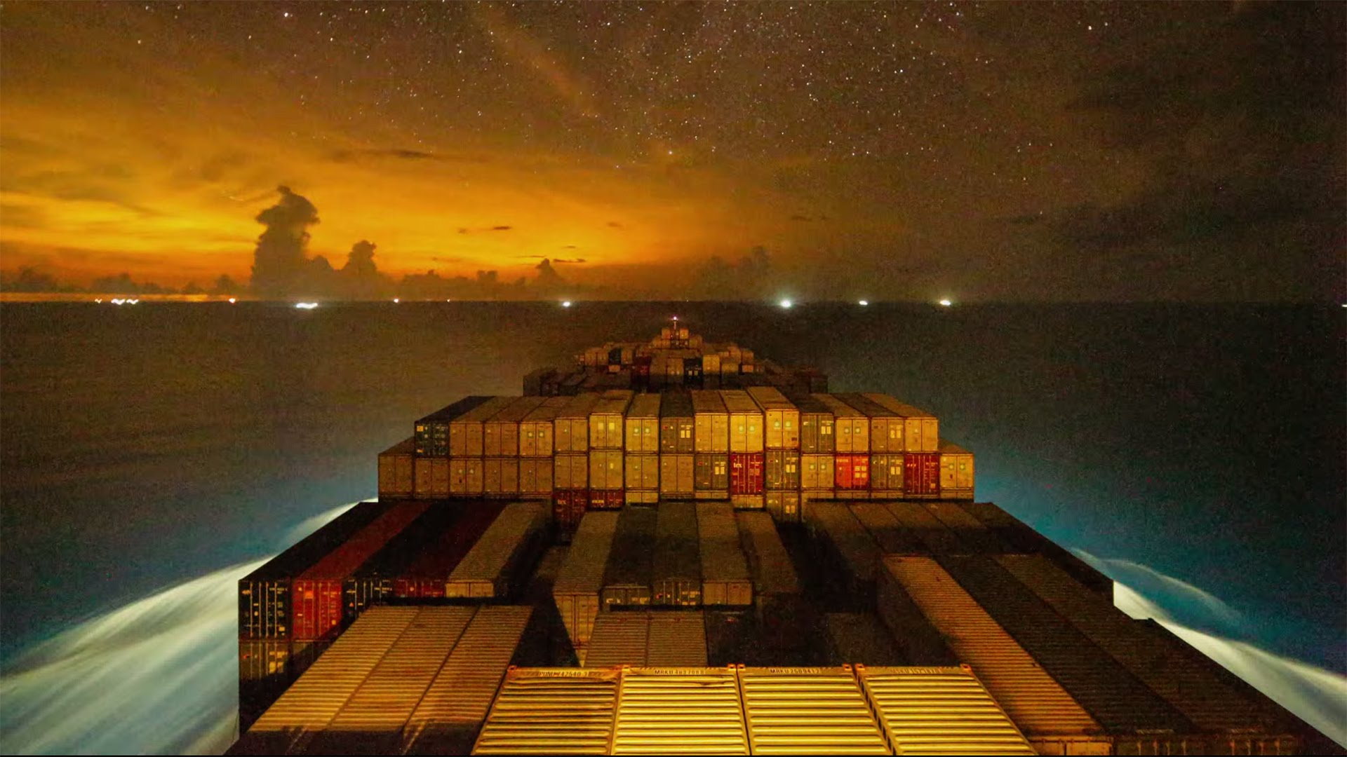 A 4K Time-Lapse of a Container Ship Traveling From Vietnam to China and the Impressive Loading Process