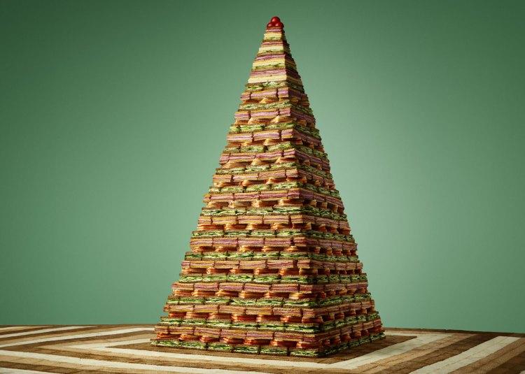 Sandwich Pyramid