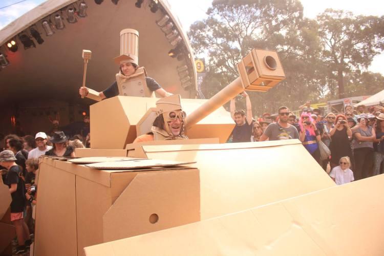 Boxwars Cardboard Tank