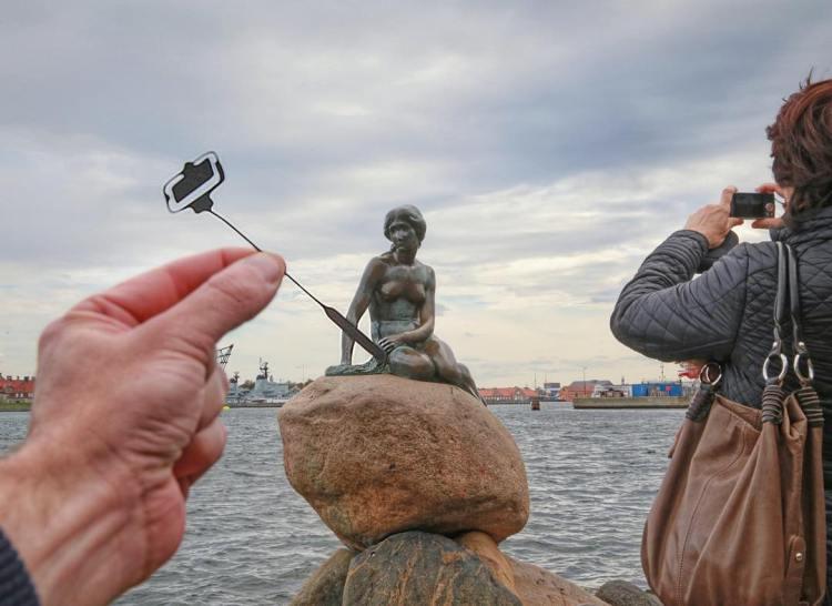 Mermaid Selfie, Copehagen