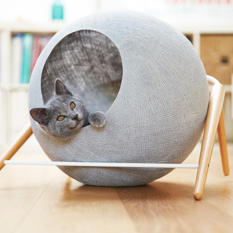 39 meyou paris 39 sophisticated cat furniture for the most discerning of felines and humans alike. Black Bedroom Furniture Sets. Home Design Ideas