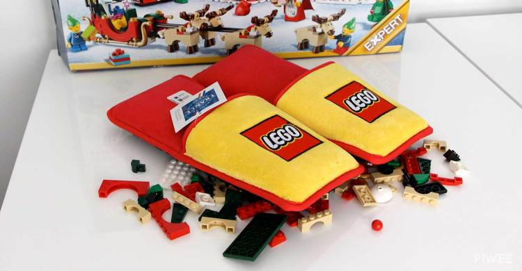 LEGO Slippers Pair on LEGO