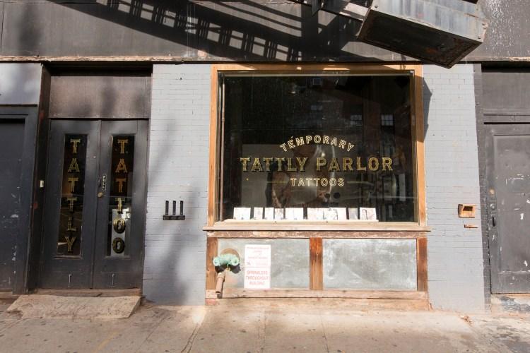 Tattly Parlor