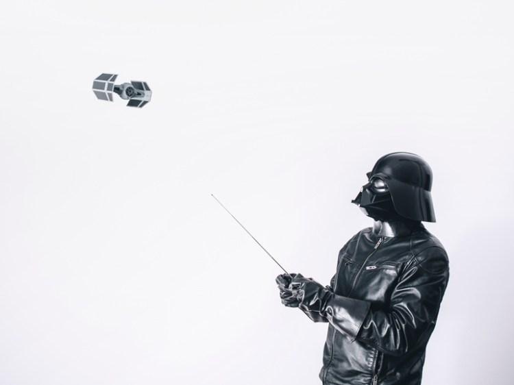 Vader Flies Toy Advanced x1 TIE