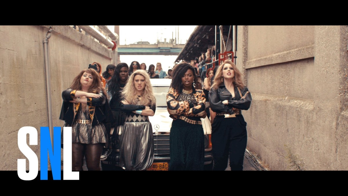 the women of saturday night live act out in a parody of the bad girls music video by m i a. Black Bedroom Furniture Sets. Home Design Ideas