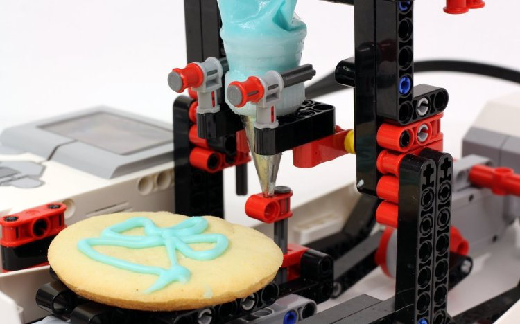 LEGO Cookie Icer Cookie Close Up