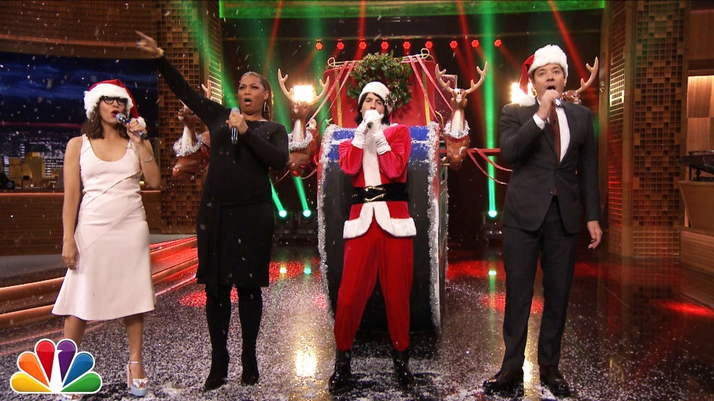Rashida Jones Joins Jimmy Fallon to Sing Holiday Parodies of Popular Songs With Queen Latifah and Eric Nally