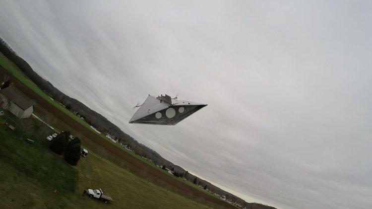 Star Destroyer Flying