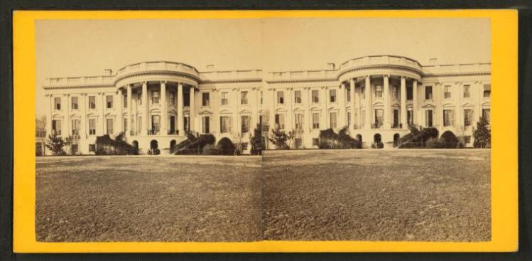 White House, Lawn front.