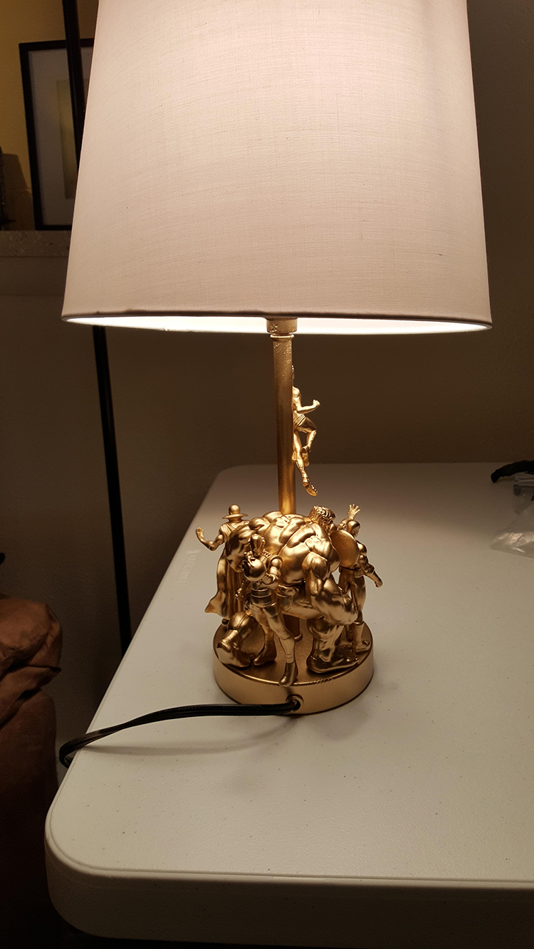 How to make a lovely golden avengers lamp using action figures and 3cinybj arubaitofo Choice Image