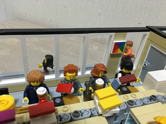 LEGO Sushi Restaurant Patrons at Conveyor