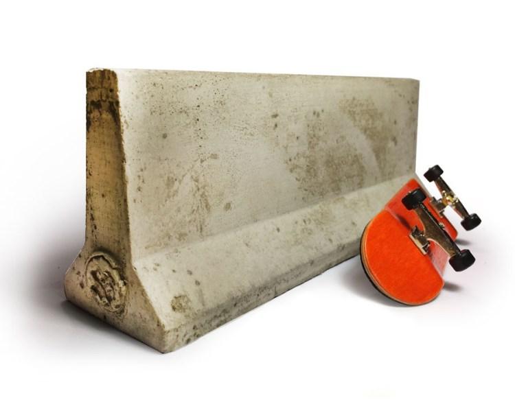 Mini Materials Jersey Barrier