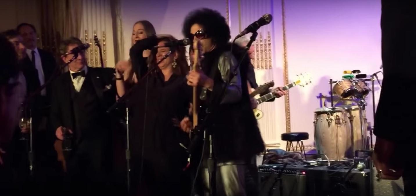 Incredible Footage of Prince Playing 'Let's Go Crazy' at the SNL 40th Anniversary After Party