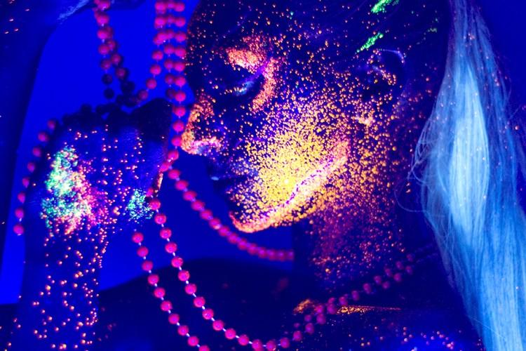 Neon Glow Side