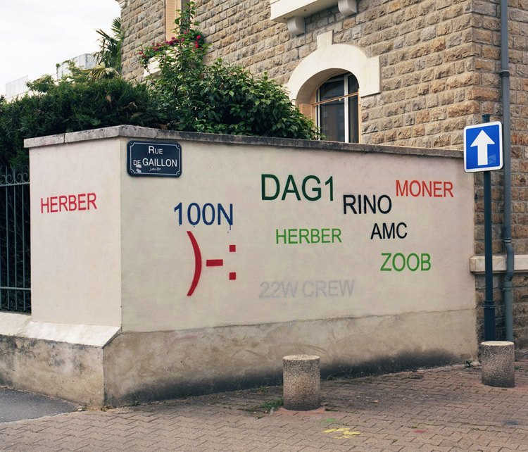 Rue de Gallion Graffiti Fixed.jpg