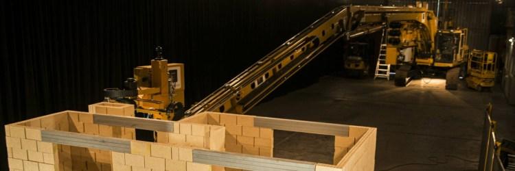 Hadrian Bricklayer Robot Building