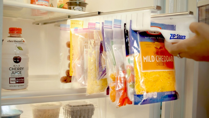 Zip N Store Racks Make It Easy To Organize and Store Food in Resealable Plastic Bags