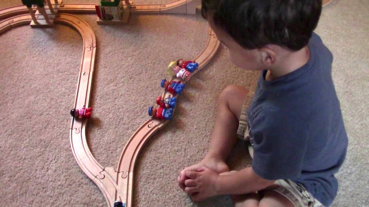 A Two-Year-Old Comes Up With an Adorably Horrifying Solution to the Trolley Problem