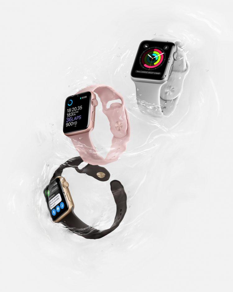 Apple Watch Series 2 in Water