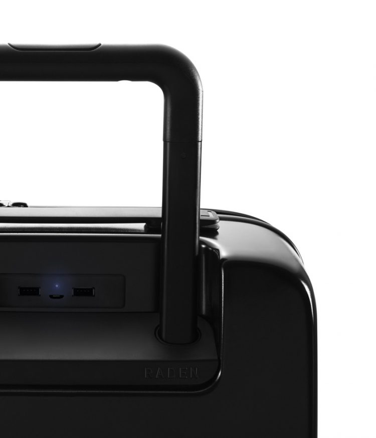 Raden Luggage USB Ports