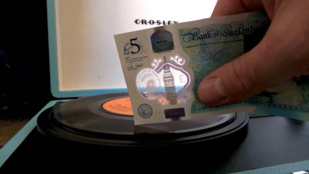 Britain's New Plastic Polymer Five Pound Note Unexpectedly Works as Needle for Vinyl Records
