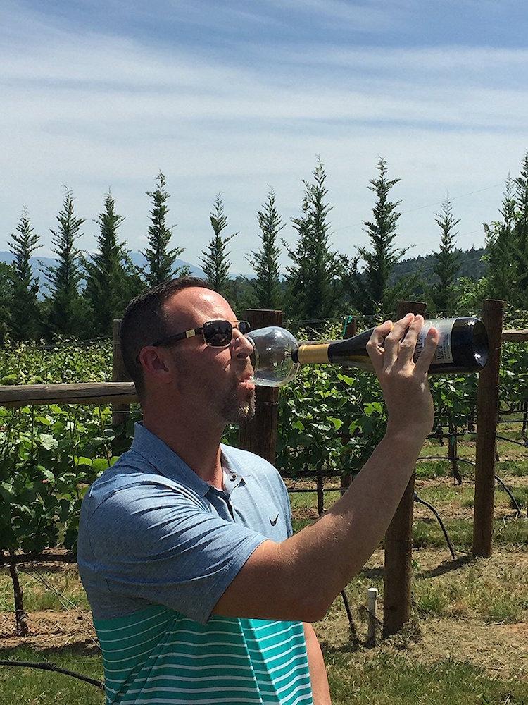 guzzle-buddy-vineyard