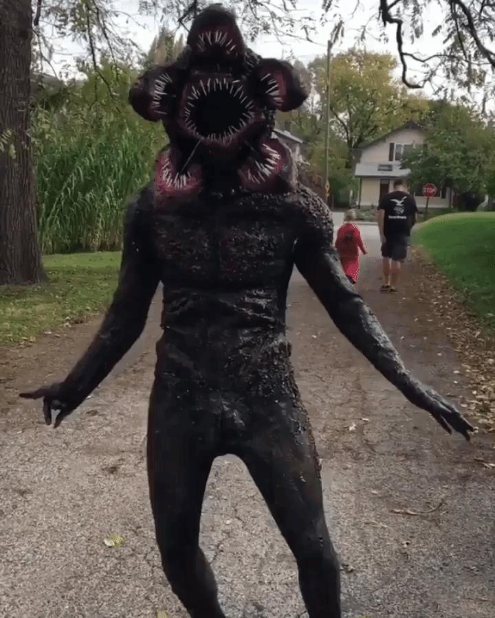 & Terrifyingly Realistic Stranger Things Demogorgon Halloween Costume