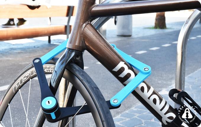 Foldylock on Bike
