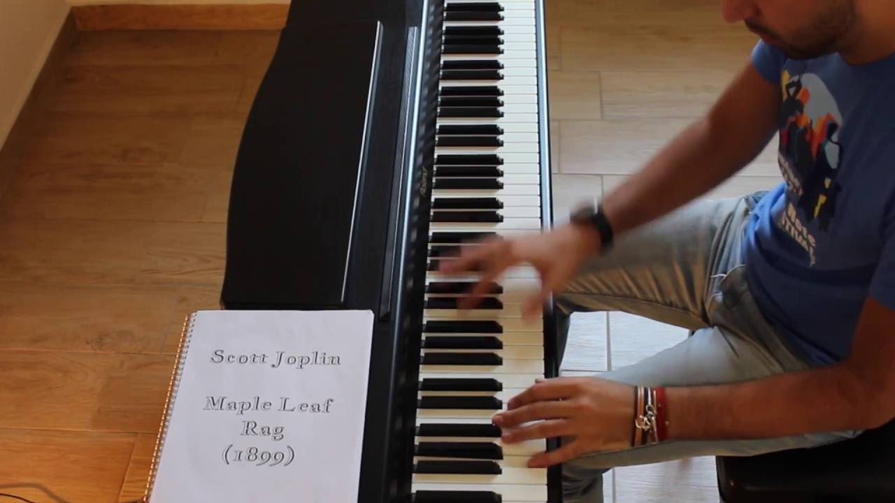 Musician Plays the Top Piano Riffs of Jazz Tunes From 1899 to 1964 in 100 Seconds