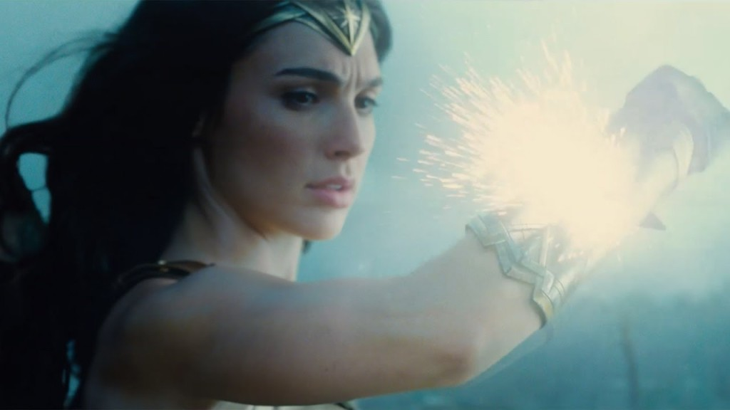 Wonder Woman Hits the Front Lines to Save the World In an Exciting New Trailer