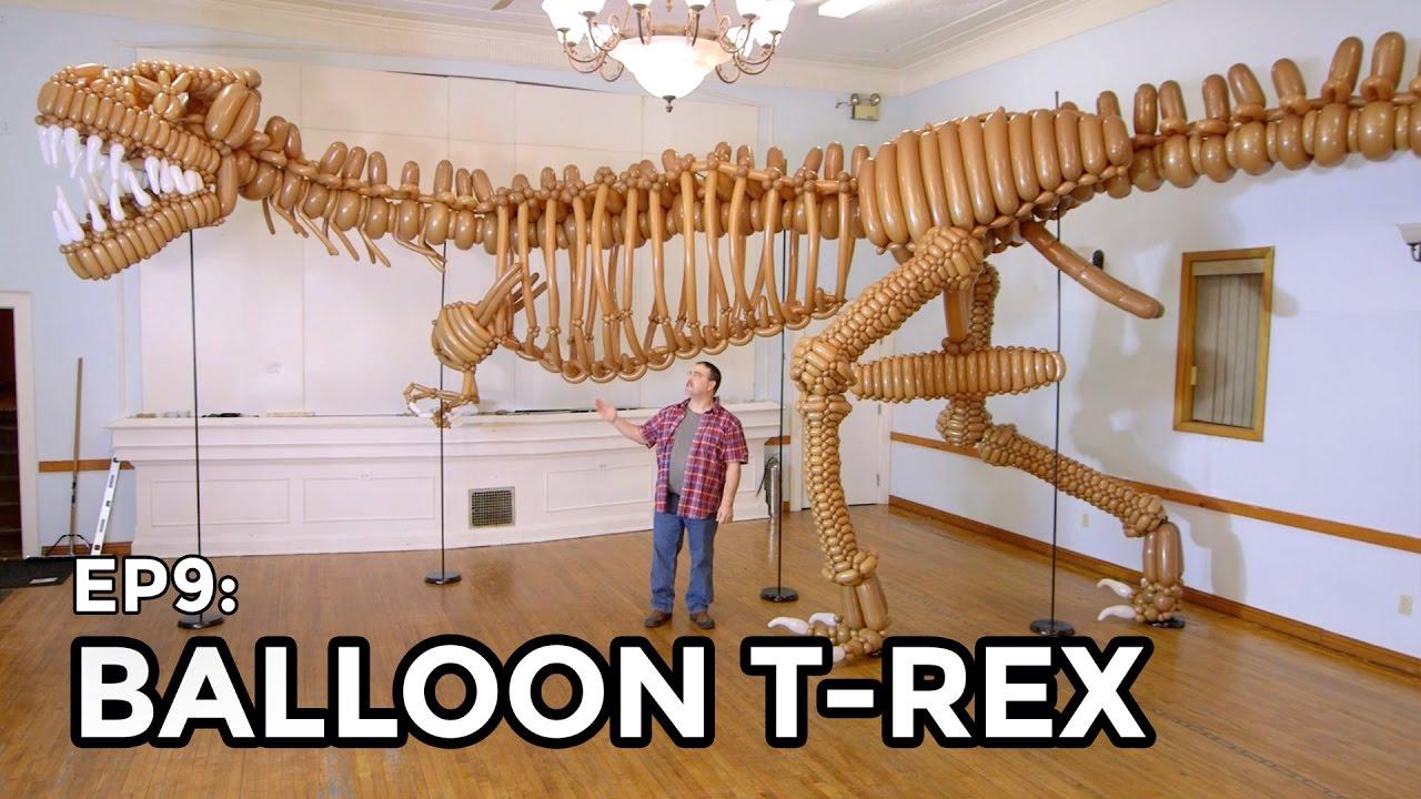 Canadian Balloon Artist Creates an Amazing Life-Sized T-Rex Skeleton Using 1,400 Tan Balloons