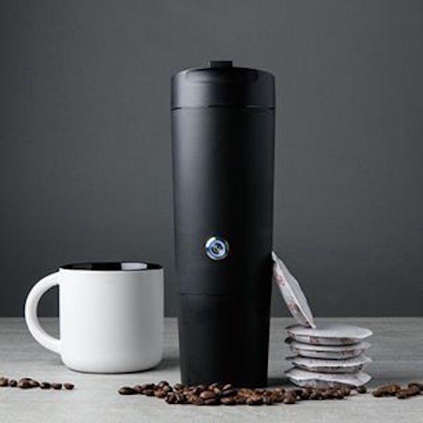 That Handy Operated Of Coffee Brews Cup GojoeA Mug The Battery thoQCBdsrx