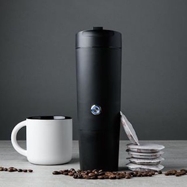 The GoJoe, A Handy Battery-Operated Mug That Brews a Cup of Coffee With the Touch of a Button
