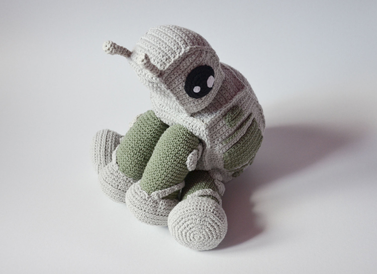 Amigurumi Star Wars Patterns : Adorable star wars at at walker crochet pattern