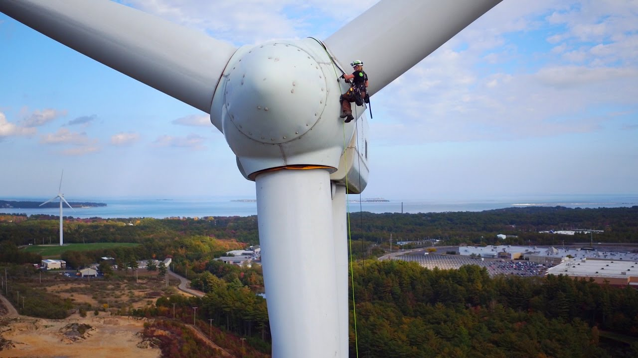 a description of the wind turbine technology This course offers an unbiased insight into the modern wind turbine's design  process,  the second part of the training will therefore offer an overview of the.